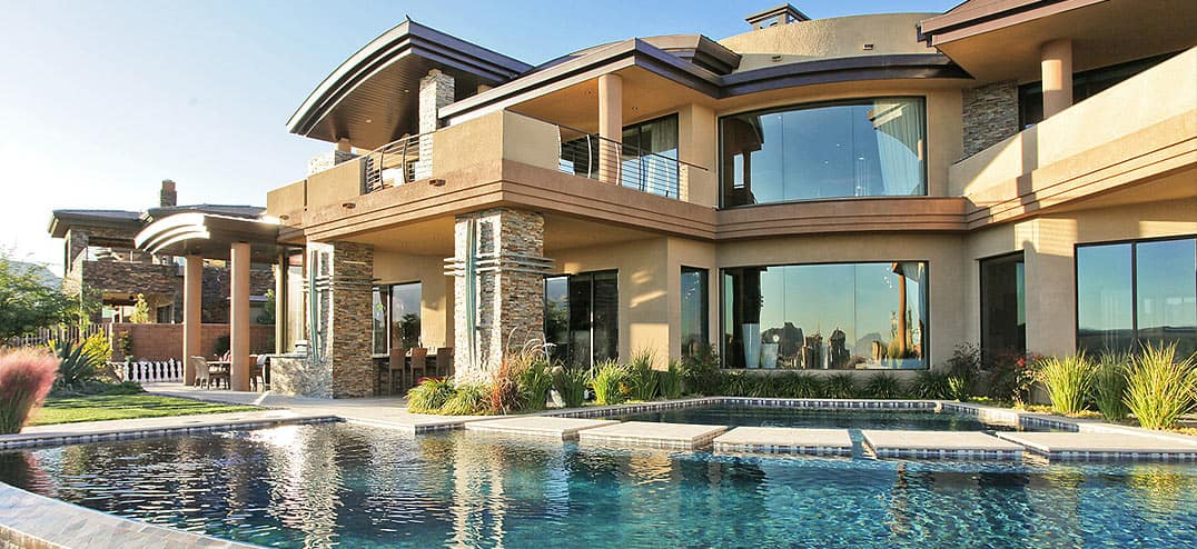 Are there benefits to high net worth insurance i80 for Big houses in the world